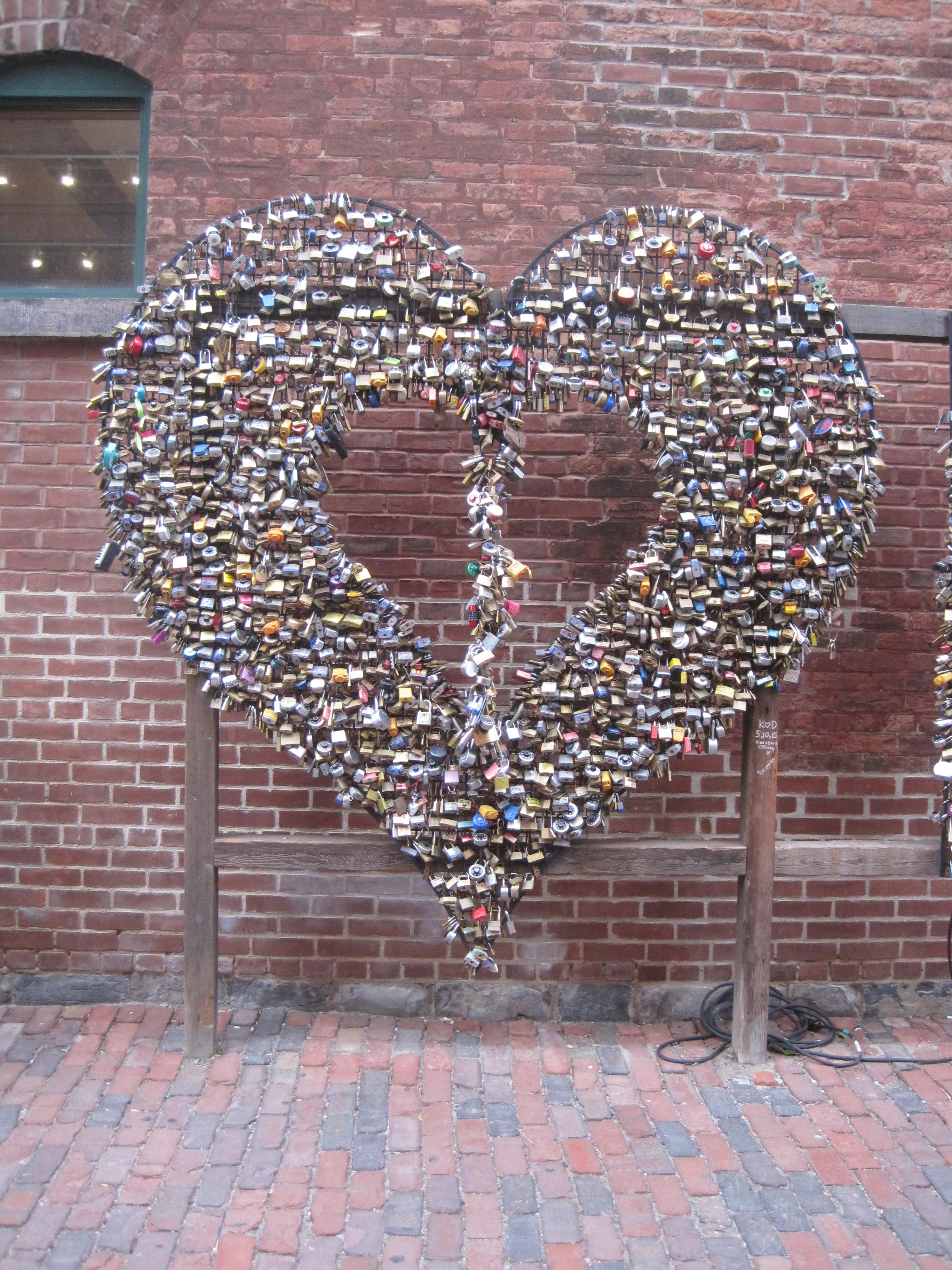 Heart of locks by Juliamaud