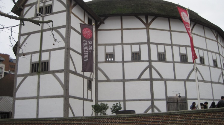 Globe Theatre by Juliamaud