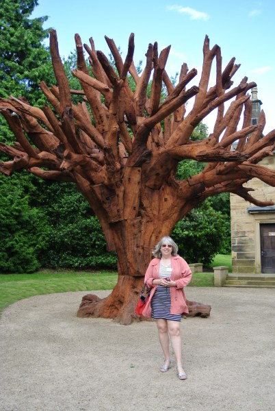 Ai Weiwei: Iron Tree - photo by Juliamaud