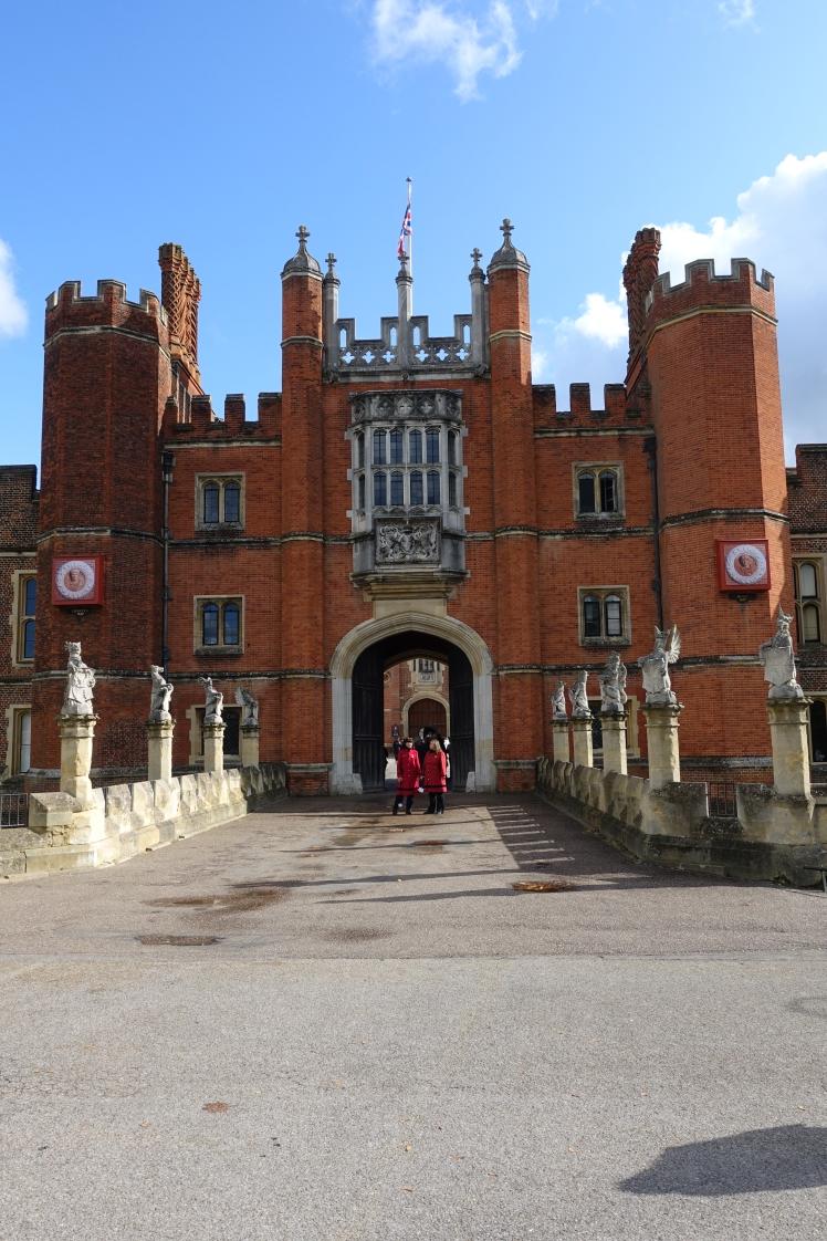 Hampton Court Palace - photo by Juliamaud